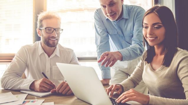 Human Resource Management: So setzen Sie Ihr Team optimal ein. 5 Stufen zu mehr Motivation und Leistung. Von Personalprofi Jörg Knoblauch.